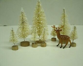 """8 WHITE Sisal / Bottle brush Trees plus 1 Deer Assortment -1.5"""" - 4"""" Holiday Miniatures"""