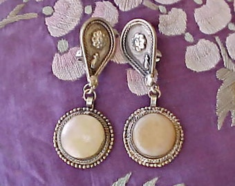 Exotic Ethnic Look Vintage Dangling Earrings with Honey Colored Stones