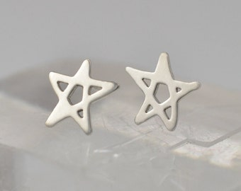Little Star Earrings - Sterling Silver - Studs