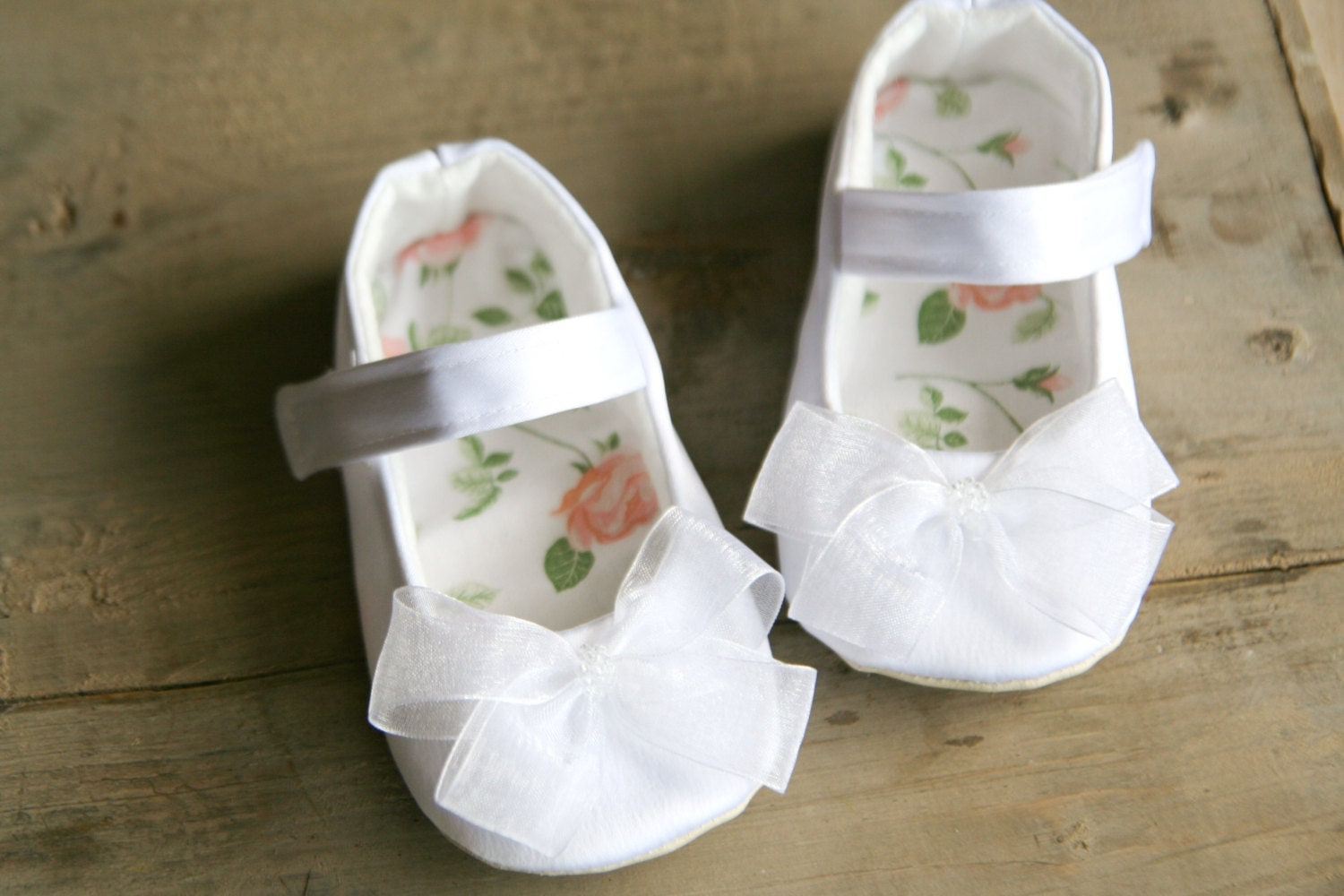 white satin baby shoes with bows baby dress shoes