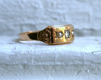 Antique British Pearl and Diamond 15K Yellow Gold Floral Band.