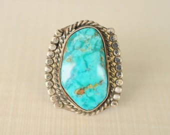 1970's vintage / Large turquoise sterling silver statement ring / Southwestern jewelry / navajo jewelry