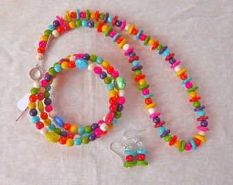 SALE  18 Inch Bright Stone Necklace, Earrings, and Bracelet Set