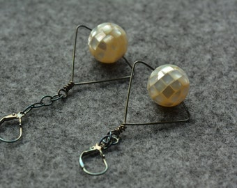 MOP earrings,dangle earrings,mother of pearl  earrings,MOP jewelry,fashion jewelry