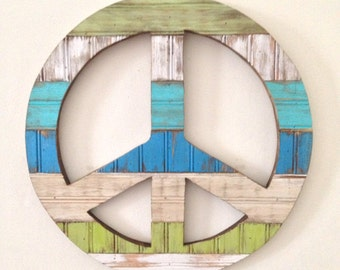 Rustic Home Decor - Peace Sign