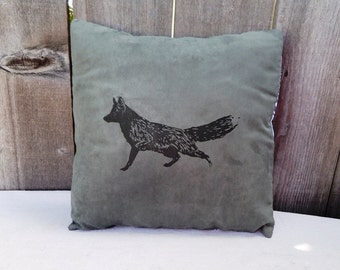 """Decorative Pillow Cover 18 x 18"""" with black FOX"""