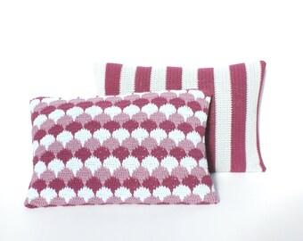 Scallop pattern crochet cushion/pillow