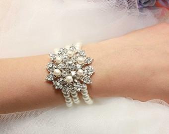Vintage Bride Bracelet, Vintage Weddings Bridal Pearls Bracelet, Bridal Cuff Crystal Bracelet, Pearl Cuff Bracelet, Bridal Charm Bracelet