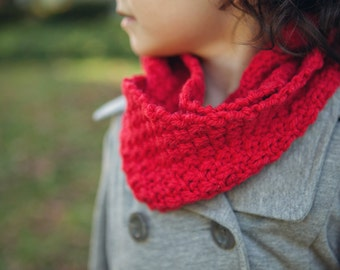 Rosie (cowl knitting pattern)