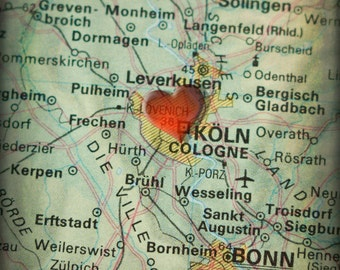 8x10 MAP of COLOGNE Germany with a Heart Shape with a Grunge Vintage Border - 8x10 Photograph
