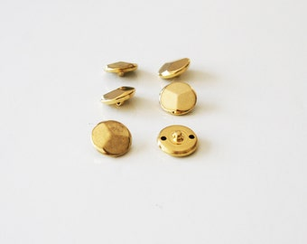 SALE / 6 gold metal buttons