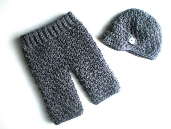 Free Crochet Pattern For Baby Pants : PATTERN: Baby Boy Longies and Newsie Hat Set 2 sizes Easy
