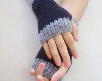 Fingerless Gloves, Cozy hand knitted mittens, Hand Knit Grey Gloves, Winter Gift, For Her Gift, Women Gloves, Boho knit glove mittens