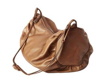Vintage BOTTEGA VENETA barrel shaped soft leather shoulder bag