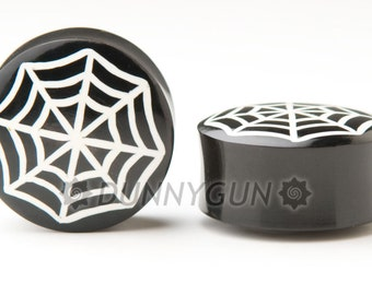 """1"""" Pair White Spider Web Horn Gauged Plugs Organic Hand Carved Body Piercing Jewelry"""