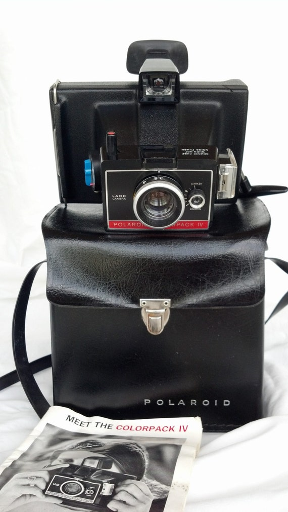 1970s polaroid colorpack iv with manual amd carrying case 347. Black Bedroom Furniture Sets. Home Design Ideas