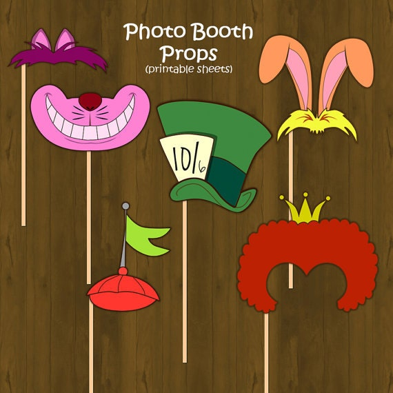 Alice in wonderland printable photo props by for Mad hatter party props