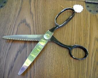 Vintage Wiss Pinking Shears, Scissors, Five Inch Blade