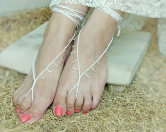 Bridal barefoot sandles. White clear crystal drops beach wedding barefoot sandals. Sexy foot thongs , foot jewelry