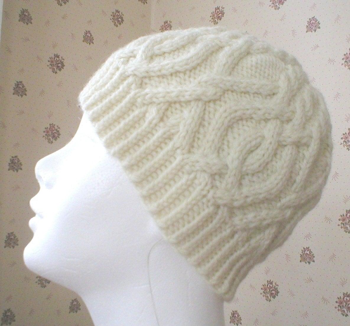 Knitting pattern interlocking cable hat knit women aran cable zoom bankloansurffo Choice Image