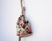 "Natural linen backpack, rucksack, everyday bag with floral pattern, gift under 50, ""shabby roses"" - ThingsYouWear"