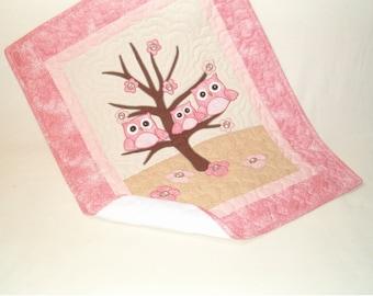 Owl Quilt  Baby Shower Gift  Organic Nursery Bedding  Baby Blanket, Baby Bedding