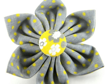 Yellow Grey Collar Flower, Collar Attachment, Dog Flower: Sunshine Meadow