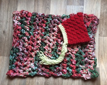 Hand Crocheted Baby Photo Prop Blanket Set in Red & Green, newborn size