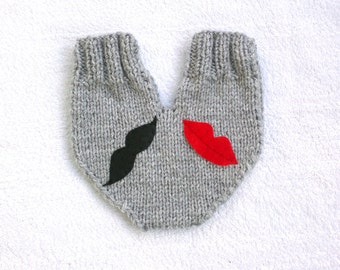 Knitted lovers mitten for couples, lip and mustache appliques, wedding gift, smitten, engagement gift, anniversary gift, gift for couples