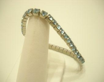 BLUE RHINESTONE STRETCH Bracelet (699) Gorgeous Color!