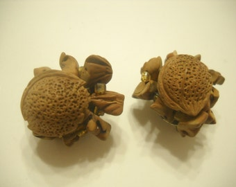 Vintage Clip Earrings Resembling A Small Walnut (4882) Japan