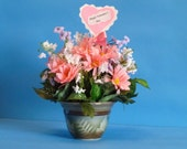 Flower Arrangement, Floral Arrangement, Bouquet of Beautiful Silk Pink Daisies in a Pretty Ceramic Vase