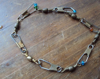 Fishing clip and bead bracelet