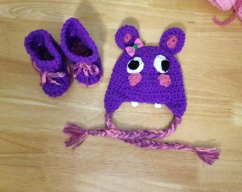 hippo hat and booties