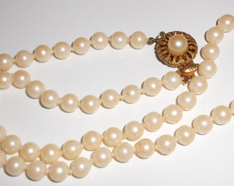 Vintage Necklace Glass pearls with ornate pearl box clasp single strand 1950s jewelry Free USA Shipping