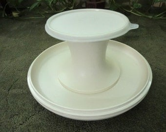 Vintage Tupperware Serve-It-All Set 1980s
