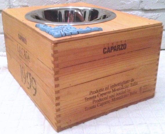 Elevated Wine Crate Pet Feeder - Single Large Pet Bowl - UpScaled