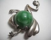 Taxco Mexican Jade Pre Eagle Silver Frog Pin brooch