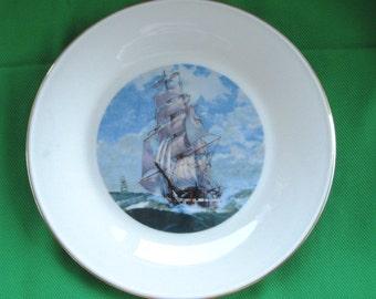 Lenox Special Clipper Ship Dinner Plate Near Mint, Lenox  Gold Gilded Plate