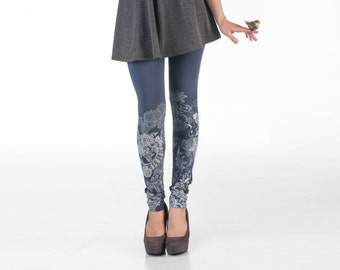 Cold gray leggings with white lace animal print