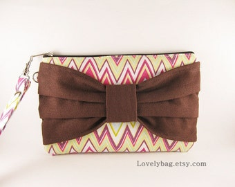 SUPER SALE - Zigzag with Brown Bow Clutch - iPhone 5 Wallet , iPhone Wristlet, Cell Phone Wristlet, Cosmetic Bag, Camera Bag, Zipper Pouch