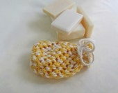 Cotton Pouch Knit in Yellow and White Size Small