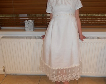 Vintage style dress for First communion, flowergirl, birthday party.