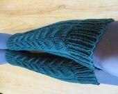 Handknit  cable women woollen leg warmers green