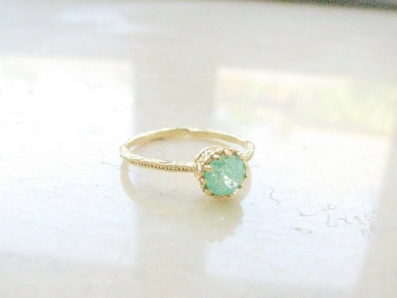 Gold druzy ring, gold ring, gold ring with green crystal, green ring, druzy crystal ring, stackable ring,  vintage ring, size 6
