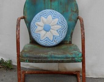 vintage crochet round pillow star design handmade star design blue white yarn bedroom couch sofa decor