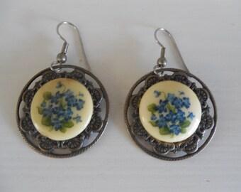 Vintage Forget-Me-Not Flowered Earrings