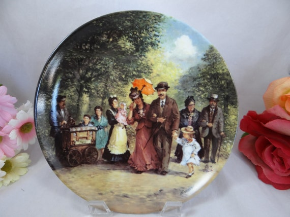 """Berlin Design """"Montag""""  Collector Plate Limited Edition Die Familie Kappelmann series"""