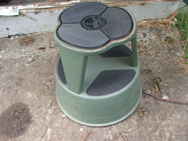 Vintage Kik Step Round Metal Spring Loaded Step Stool Retro