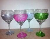 Set of 4 Glitter Wine Glasses White, Pink, Silver, Green